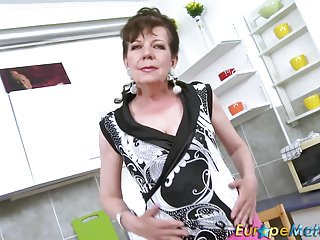Mature sex seduction - Europemature horny mature seductive solo action