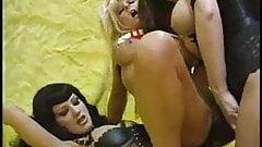 Otaku Lesbians Fuck With Strap On F70 Porn 4b Xhamster