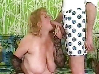Thick ass thursday Country lady shares her thursday night with mister dick
