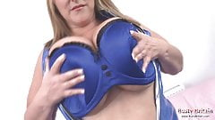 Big Tits Mature Carol Brown Toy Fuck