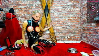 Sexy Latex Camshow 9