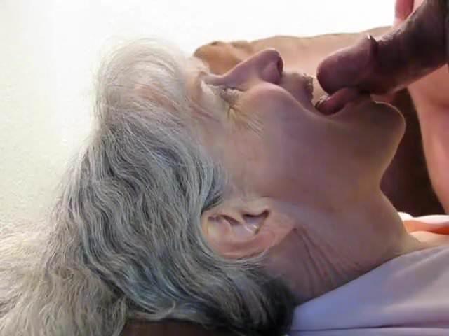 Granny No Teeth Blowjob
