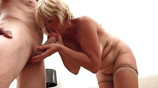 Blonde mature beauty loves sex