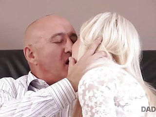 Free access hentia porn Daddy4k. bfs daddy gets access to the pussy of gorgeous