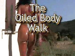 Body nude oiled woman Elisabeth oiled body walk