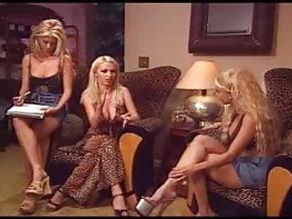 Chat gay lesbico - Lesbianas follando 2 trio lesbico
