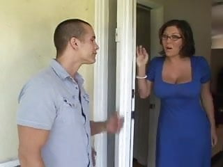 Sexy doctor outfit - Milf claire dames in sexy outfit gets fixed by plumber