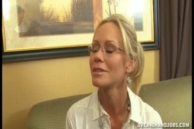 Mature Woman Fucks Young