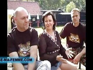 Sexe amateur echangiste video - Echangistes baisent dans un parc hardcore anal sex salopes