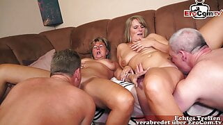 Old German housewife in homemade foursome orgy