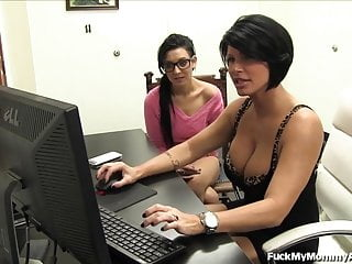 Lezley porn star Porn star mom gets not her daughter into porn