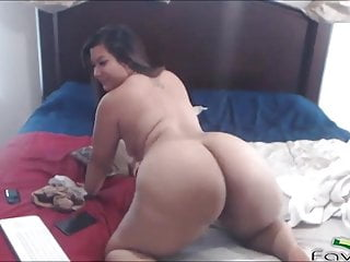 Enormous ass enormous tits Chubby asian cam girl with enormous ass