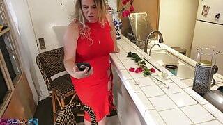 Stepmom gets pics for anniversary of secretary sucking dick