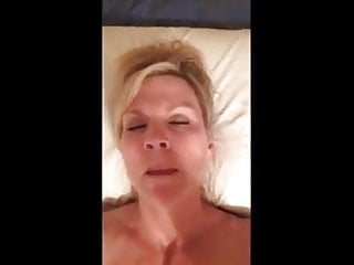 Dump bed vibrator Milf selfie on bed with vibrator