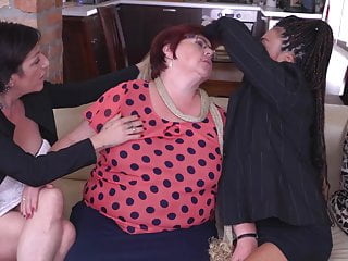 Sex with mature mother - Lesbian threesome with mature mothers