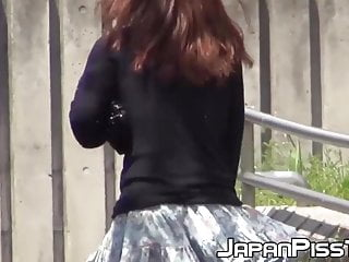 Tips to peeing in public Japanese ladies filmed peeing in public by lucky voyeur