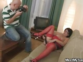 Double dildo together - His mom and gf play with dildo together