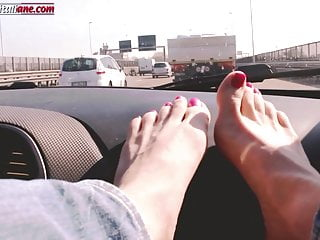 Amateur foot teen Traveling with lisa -amateur foot smelling worship in the ca