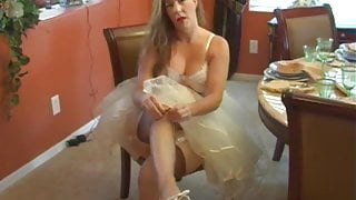 Mommy Afton as a sexy bride