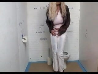Where to find gloryhole straight michigan Woman finds gloryhole in public restroom