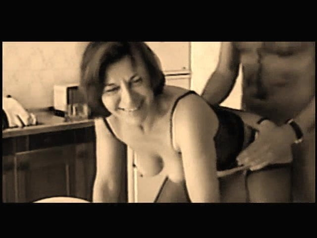 Free download & watch sul tavolo in cucina la scopata e sopraffina          porn movies
