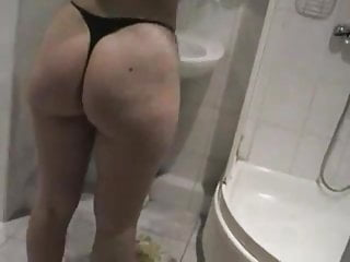 Gay menin the shower Horny cheating wife sucking her young lover in the shower