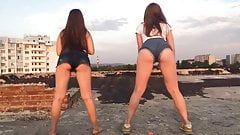 TEENS TWERKING ON THE PUBLIC (hot ass, young girls, twerk)