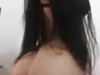 Como medir la vagina Chica bailando rico, mostrando la vagina