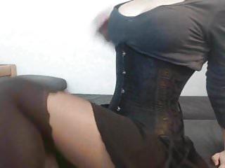 Bellissime escort - Ragazza con collant e corsetto in webcam tette bellissime 4