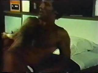 Free greek porn vidoes Greek porn 70-80s anwmala thylika part2-gr2