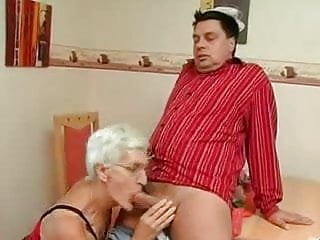 Gran par porn - Silver 80 year old gran loves cock n cum