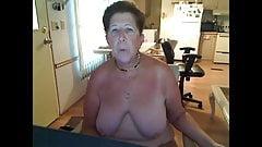 Unduplic1 бабушка создает видео для господина с задницей