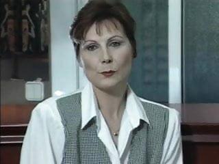 Linda crause nude - A la linda sylvia le gustan los jovenes