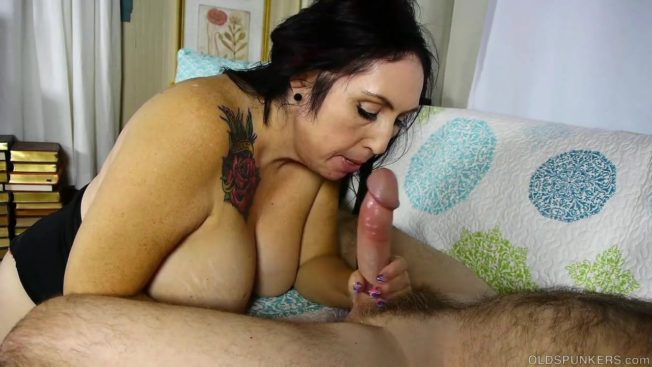 cocksucker excellant Old lady blowjob give