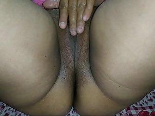 Sexy bhabhi clips - Indian sexy bhabhi pussy