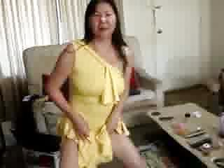 I have asian yellow fever - I in sexy yellow dress self pee and piss on cum on face