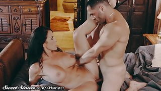 SweetSinner Drilling My Best Friends Hot STEPMOM in His Bed!