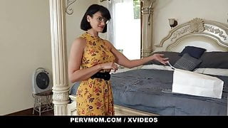 Step Mom Have Sex With Her Stepson