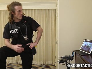 Undercover police gay prostitution Cheap prostitute sticks police dicks down her filthy throat