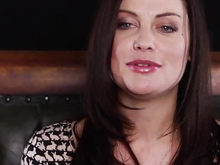 Hottie porn video Brunette hottie strips and masturbates