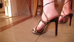 Hotelroom Sex Games: Lace Gloves and High Heels Vintage Porn