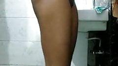 Innocent Indian schoolgirl nude showin asshole to boyfriend