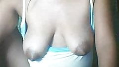 26 YEAR OLD FILIPINA MOM MAY SHOWING HER BIG NIPPLES PART 3