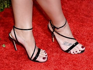 Demi lovato lost virginity Demi lovato high heels