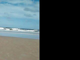 Wet bikini com - Gata novinha com bikini preto socado