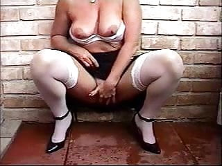Huge clit forum Gorgeous granny rubbing her huge clit. amateur older