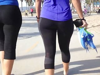 Upskirt no pant Yoga pants- thick athletic ass babe