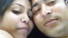 Desi Shimla couple is kissing and fucking