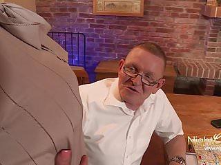 Adult sleep sacks - Ekelhafter alter sack fickt seine stieftochter