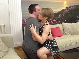 Fuck lucky - Real milf suck and fuck lucky young guy